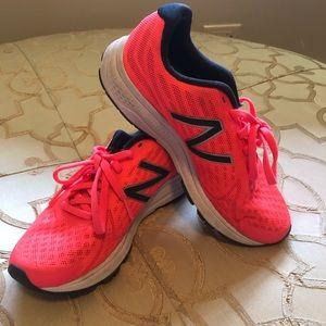 New Balance Vazee Rush Shoes Size 6
